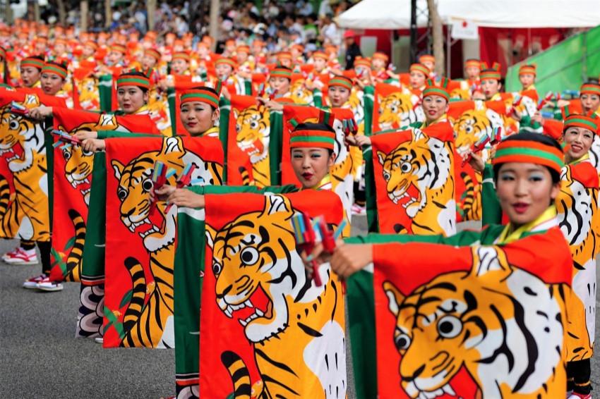 拿起鳴子響板跳起來!「夜來祭特映會in東京」用笑容和活力為世界打氣