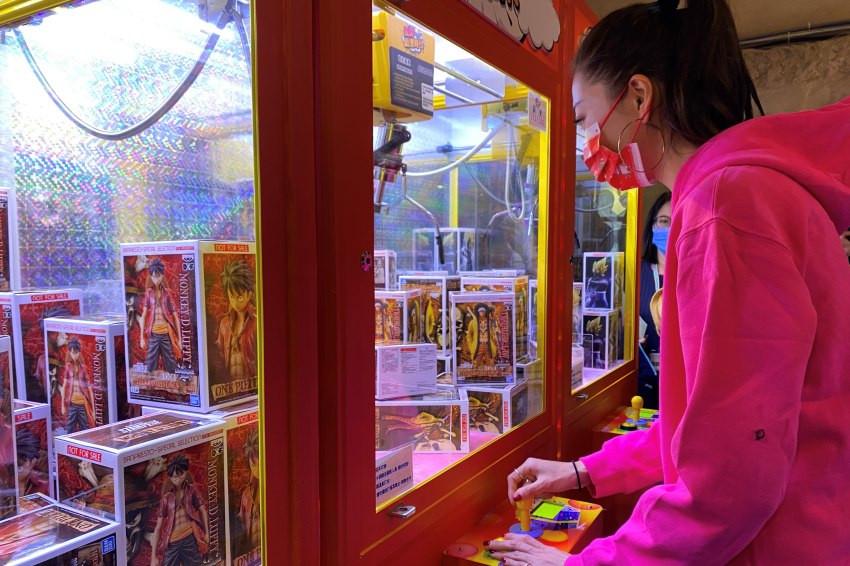 粉絲福利社/不用飛日本,正版動漫商品就在華山「玩轉動漫時代」展,還有與日本同步的娃娃機台等你來夾!