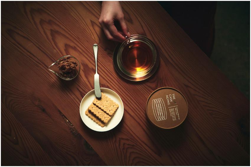 挑戰你的味蕾!微醺感紅茶全新登場,威士忌酒樽熟成的無酒精「威士忌紅茶」限量發售!