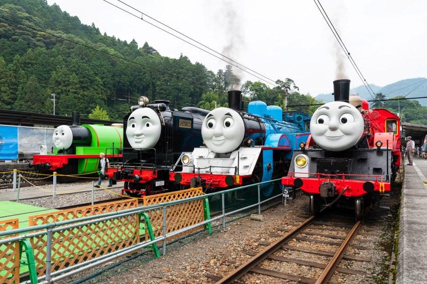 日本大井川鐵道把「湯瑪士小火車」實體化了,靜岡縣真實上路!快來乘著湯瑪士小火車、巴弟公車,重溫童年回憶