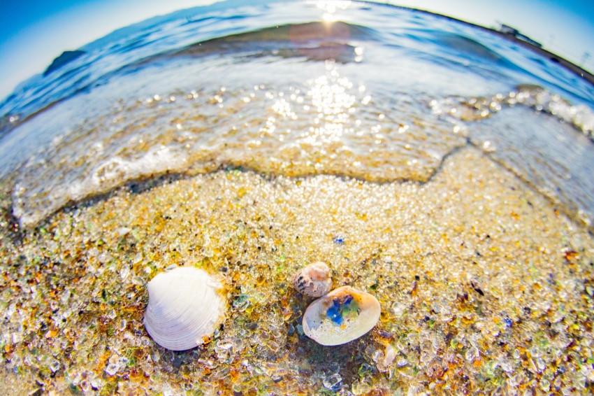 長崎夏日海景4選/絕美長崎藍x白沙灘,更有夢幻廢物重生七彩沙灘!