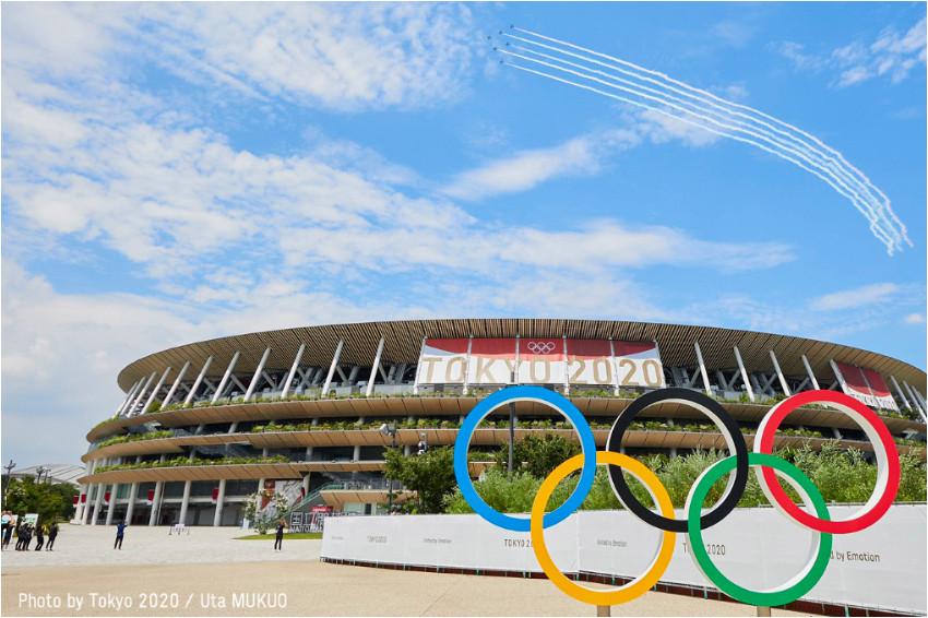 東京奧運/終於等到你!東京喜迎奧運,自衛隊飛過天際劃出奧運五環、米西亞開幕式領唱國歌