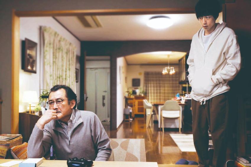 坂口健太郎、吉田鋼太郎聯手飆演技逼哭工作人員,《光之老爸》刻劃動人父子情